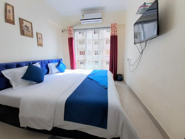 Spacious, airy & quiet - 2 Bedroom Apt