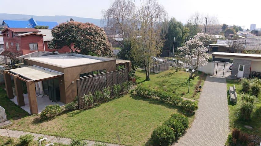 Habitación individual en cómodo departamento
