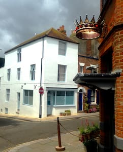 Self contained flat in the heart of the Old Town - Hastings - Apartment