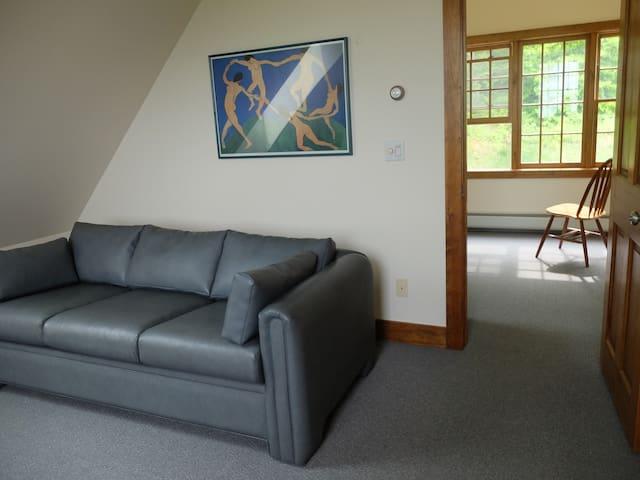 from livingroom into bedroom