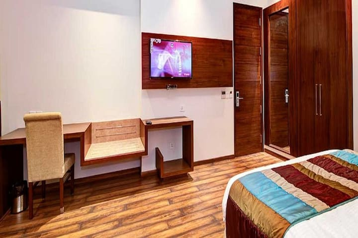 Executive Room with King-Size Bed in Central Delhi - New Delhi - Boutique hotel