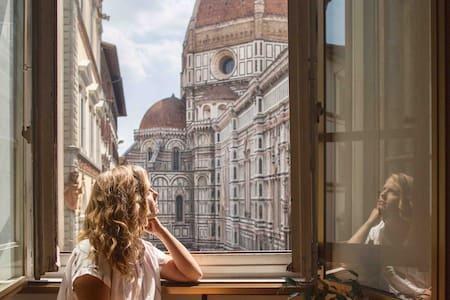 Window to the Duomo • Unique artist studio