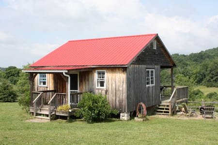 Turtle Brook Farm and Cabins - Warm Springs - Cabin