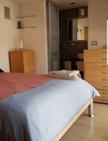 Roma Condesa habitación con baño privado ubicación