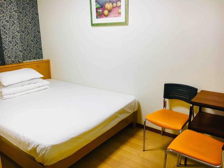 泉 Izumi Private Room( 1-2 人) double bed