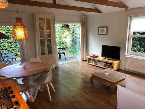 Nice quiet centrally located house