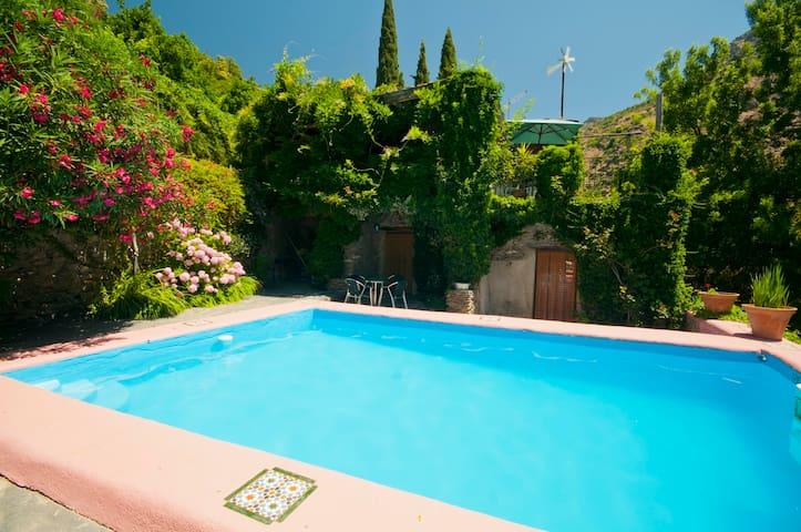 Casa Andalucia 2. Barranco del Poqueira