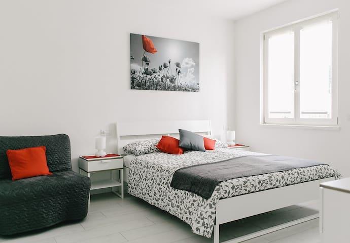 camera Papavero Rosso