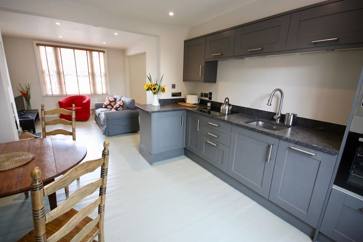 The Old Bakery Apartment in Midhurst town centre.