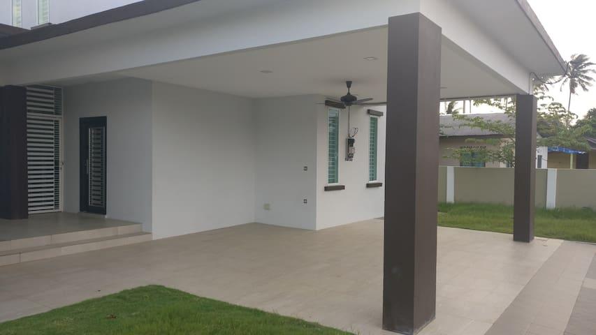 Villa DSelasih(B) Grd.Flr @ UMT, UniSZA Terengganu