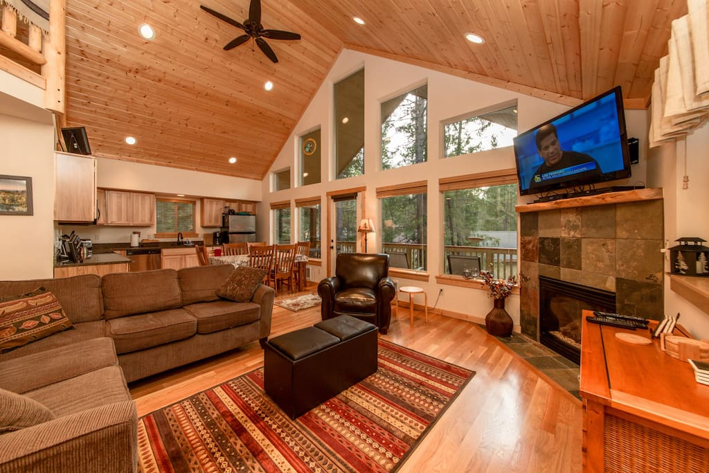 Great Room with a large TV, Cable, and DVD. Gas Fireplace!