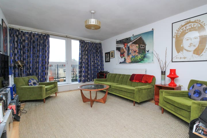 Crystal Palace - Artistic 2BR flat with terrace
