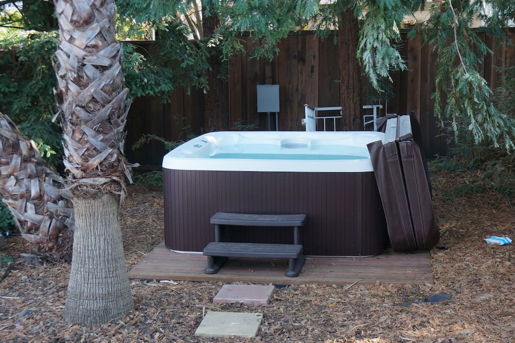 Hot Tub is a few steps away under the redwood trees