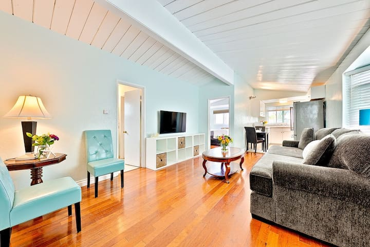 OB Pier #3 - Dog-friendly beachfront home surrounded by restaurants