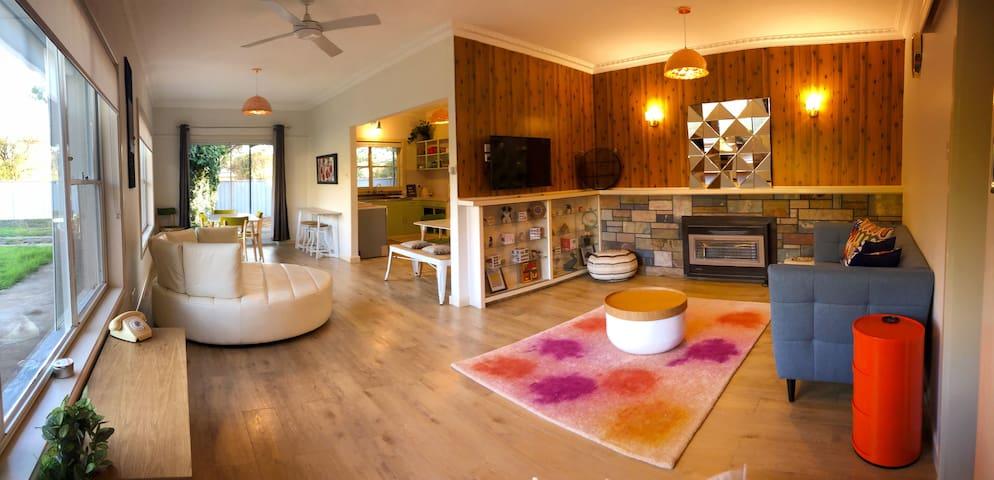 Kookaburra House  - 1 BDR Wifi & Netflix