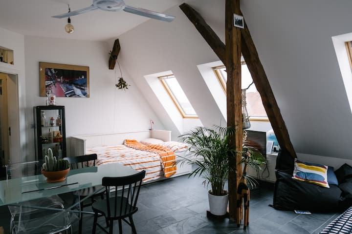 micro design studio overlooking Berlin