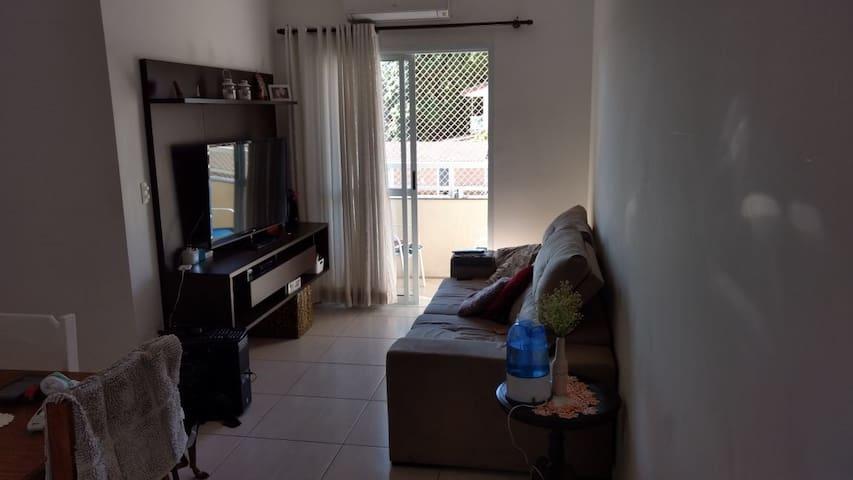 Apê confortável 2 quartos