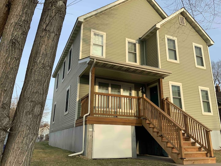 2,230 sqft  2 story home with 6 bd 2 ba down town