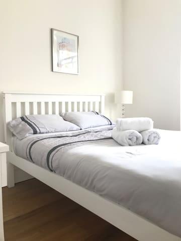 N1, Modern - 1 Bed