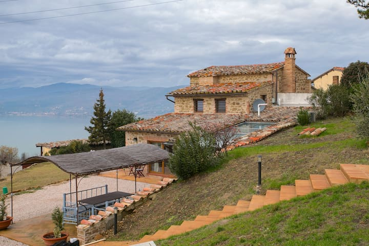 Provincial Villa in Magione Italy with Private Pool