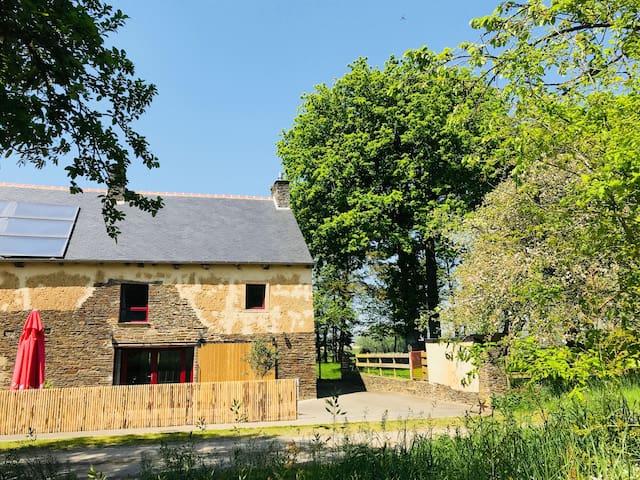 Maison de charme 4* au calme proche Dinan/St Malo