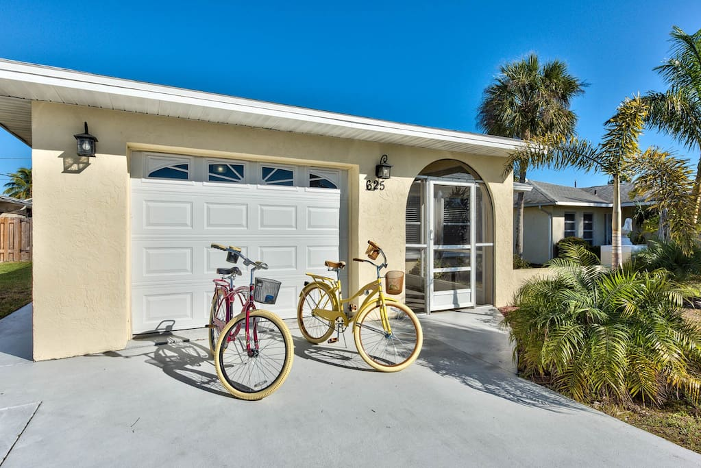 Walk to the Beach, Pool Home, Family Friendly - Salerno Vacation Rental - Naples Florida Vacation Homes