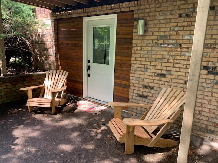 Private Suite with Sauna-Close to Michigan Tech