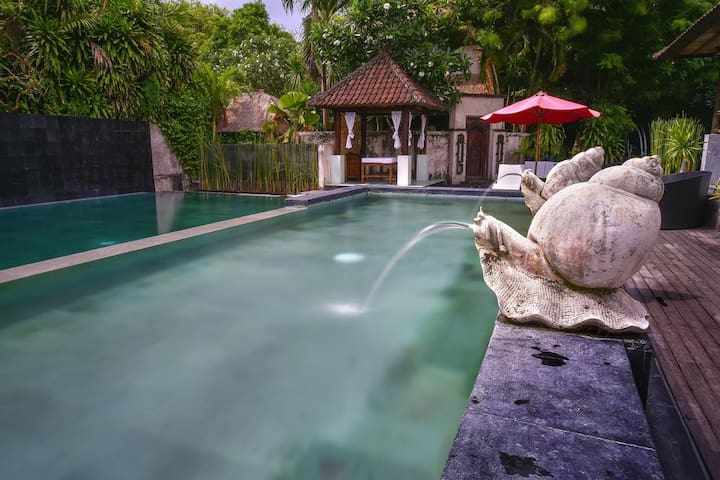 Sanur Hotel Few Minutes Walk to The Beach