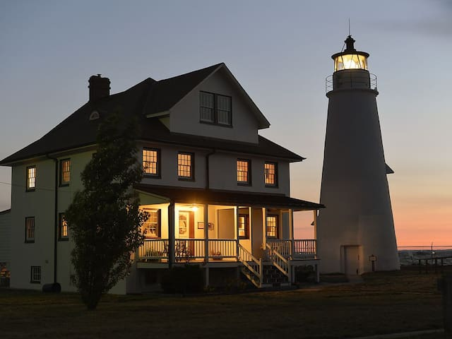 Cove Point Lighthouse Keeper's House- Side B