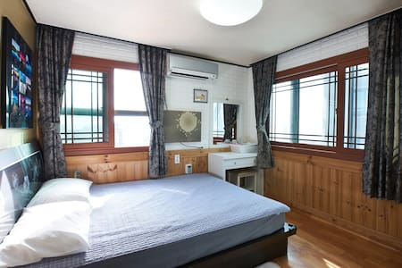 Sea view double room - Soldongsan-ro22beon-gil, Seogwipo-si - Hostel