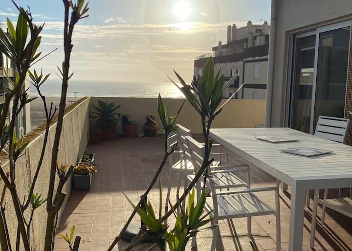 Penthouse in city center, ocean view, garage, ...