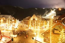 Located in River Run Village, the heart of Keystone Resort. Surrounded by restaurants, cafes and shops. And, of course, just a short walk to the lifts.