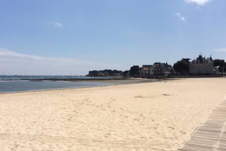 Chambre au calme tout à pied (plage, port, marché) - Le Pouliguen