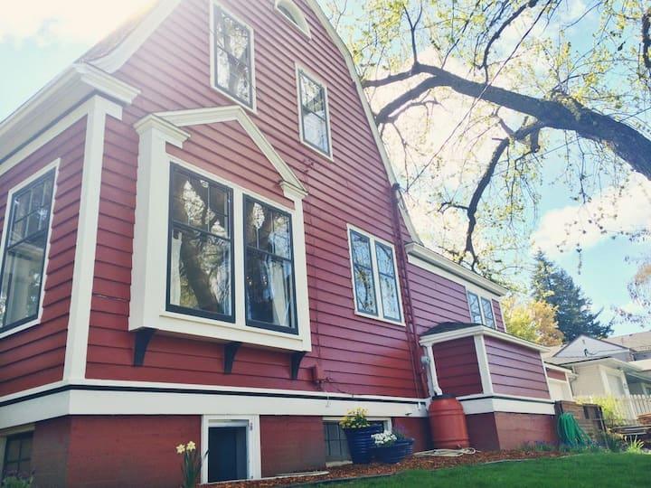 Craftsman Barn Suite