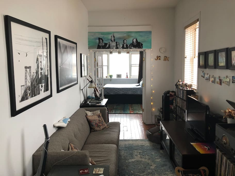 Cozy and Bright Williamsburg Apartment - Apartments for ...