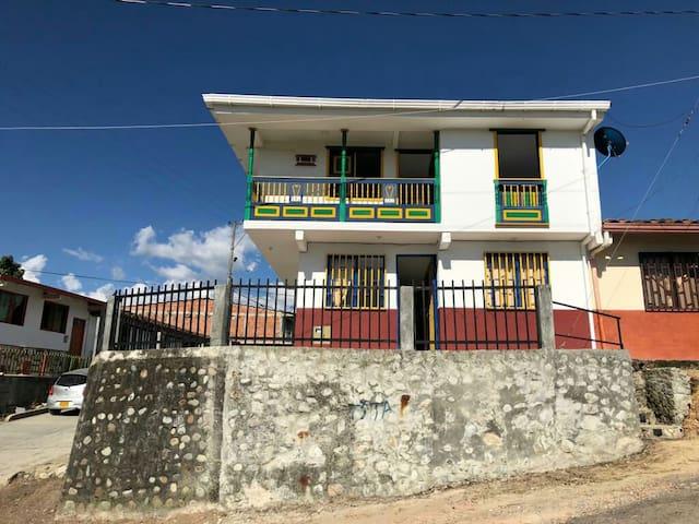 Habitación Privada 2 camas, 4 personas