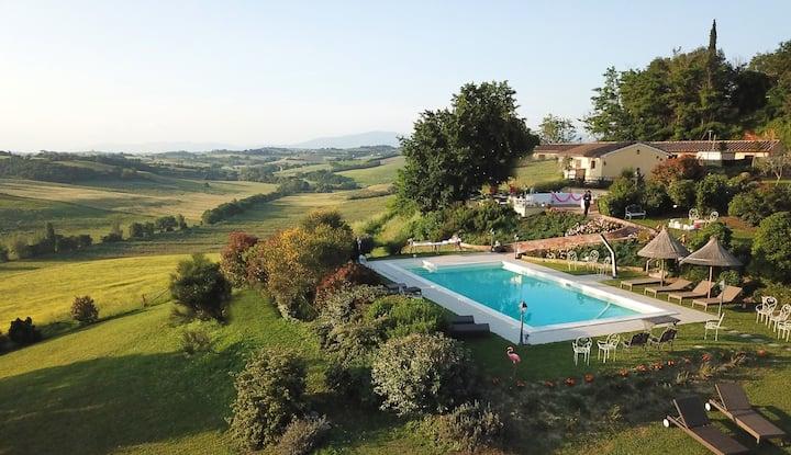 Agriturismo unique location between Tuscany-Umbria