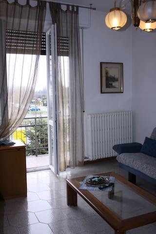 Villa Fiore - 5 persone - Muggiò - Apartment