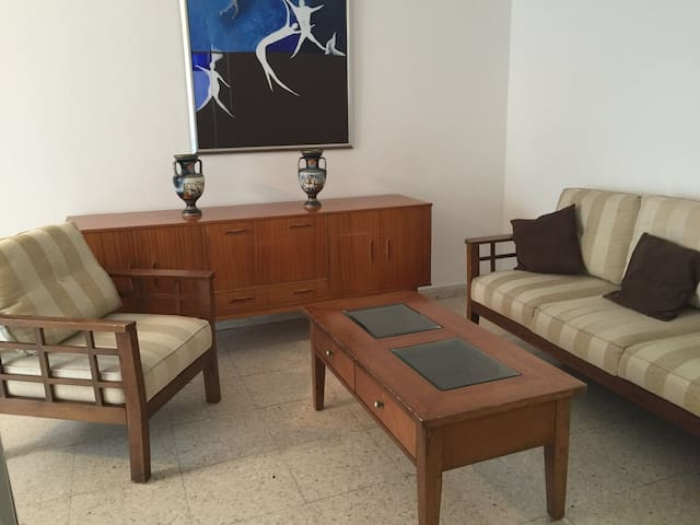 WINTER OFFER for Huge flat in Larnaca - Ларнака - Квартира