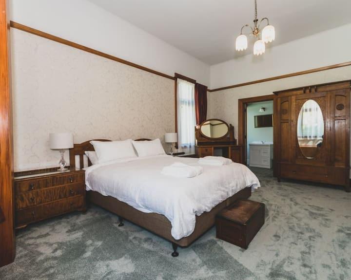 The Guinness Room at Hemsworth Estate