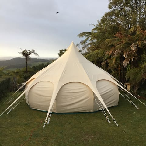 Te Tiro Glamping Tent and Glowworms