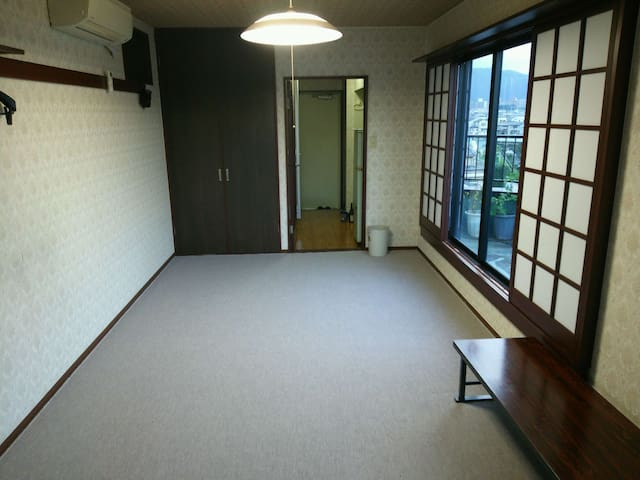 Private room with mountain view and promenade