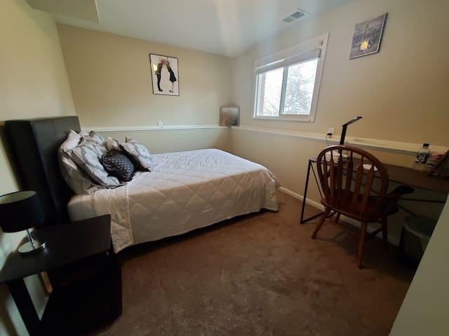 Private floor w/ bedroom, bathroom, & living space