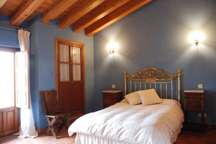 Casa rural en Segovia: grupos y familias con niños - Martín Miguel - Earth House