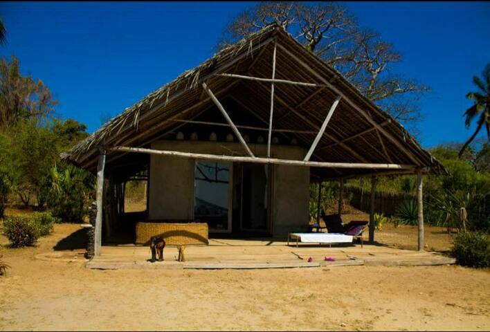 Beach Cabin on breathtaking Funzi Island