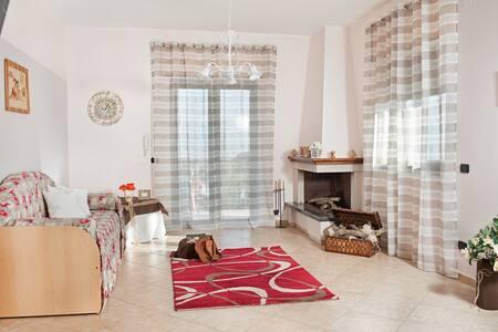 Villa sul Vesuvio a 5 Km da Pompei - Terzigno - Apartemen