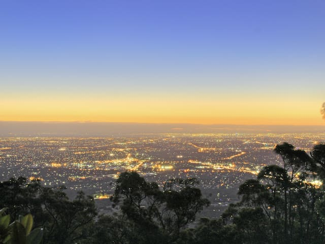 Observatory Views - Mount Dandenong