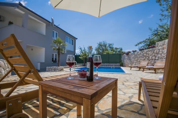 ctim227 - Modern holiday home with private pool in Imotski - Makarska, up to 8 people, children's playground, wi-fi