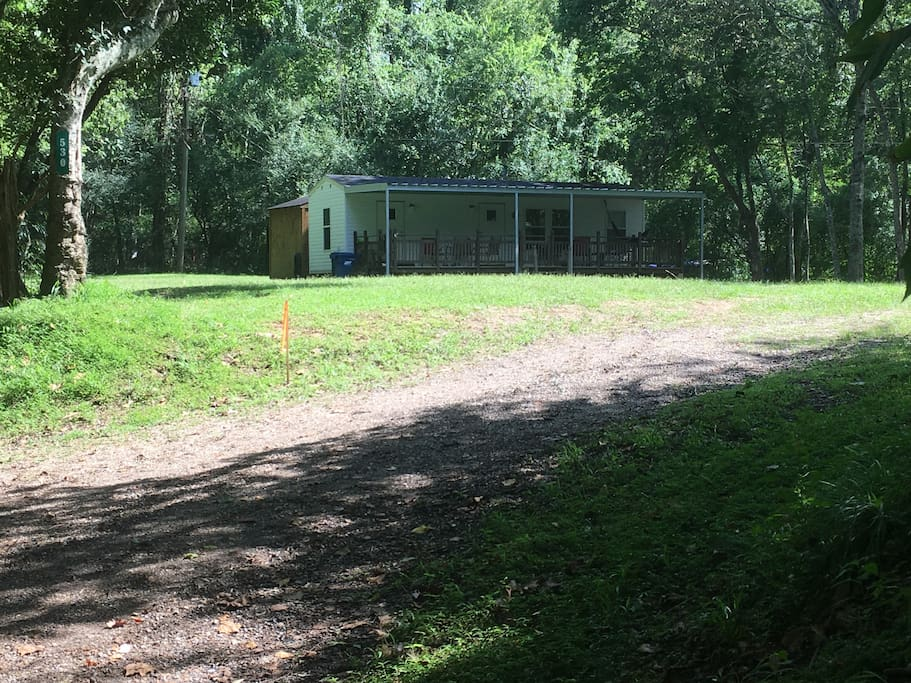 Smoky mountain cabin cabins for rent in carencro for Smoky mountain cabins with fishing ponds