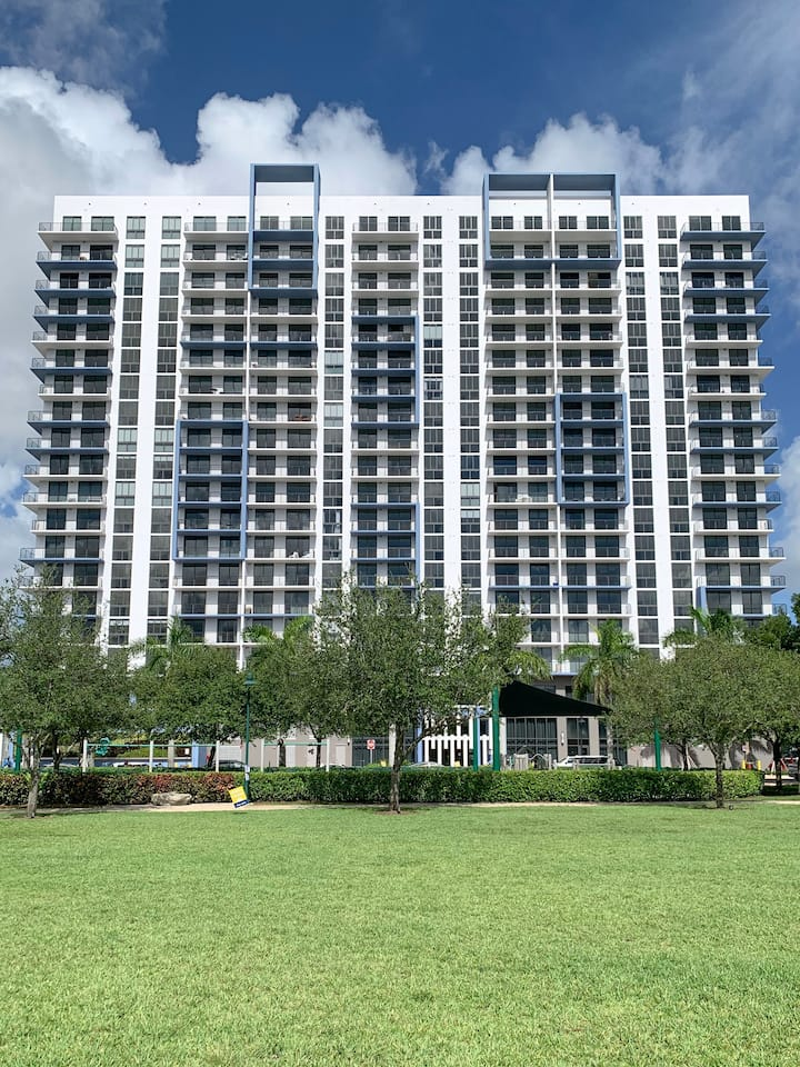 Brand New Apartment at the best location in Doral
